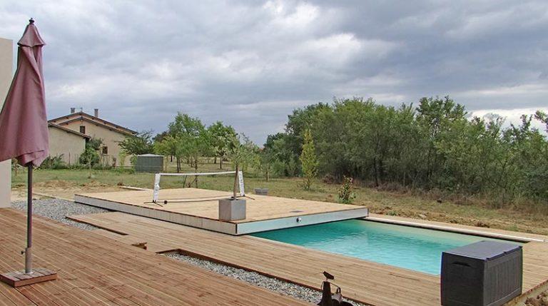 aménagement pour couverture de piscine par plancher mobile