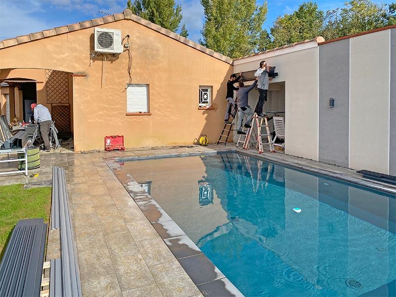 poseur de Design Concept LS, fabricant d'abris de piscine en verre sur mesure