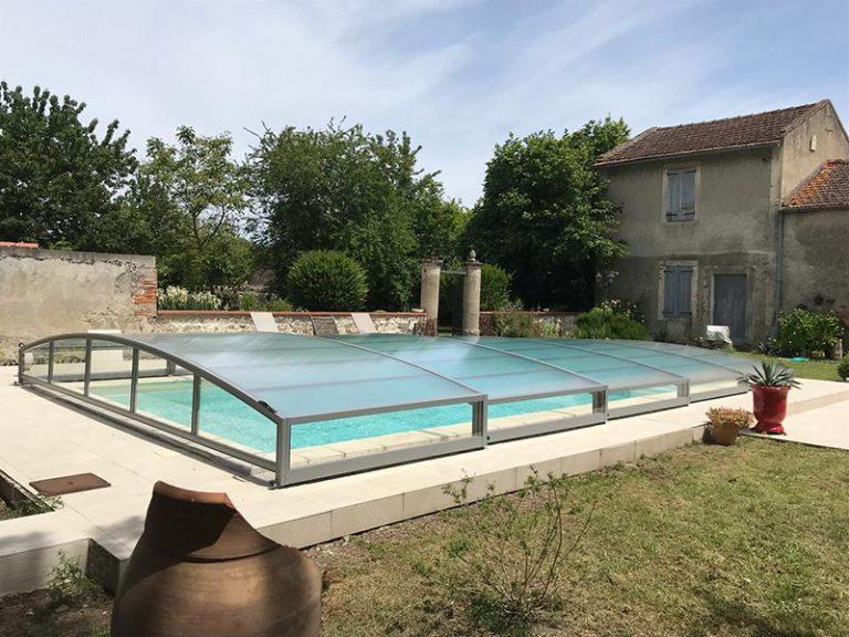 abri bas de piscine télescopique de DCLS, à Carbonne, Haute-Garonne, Occitanie